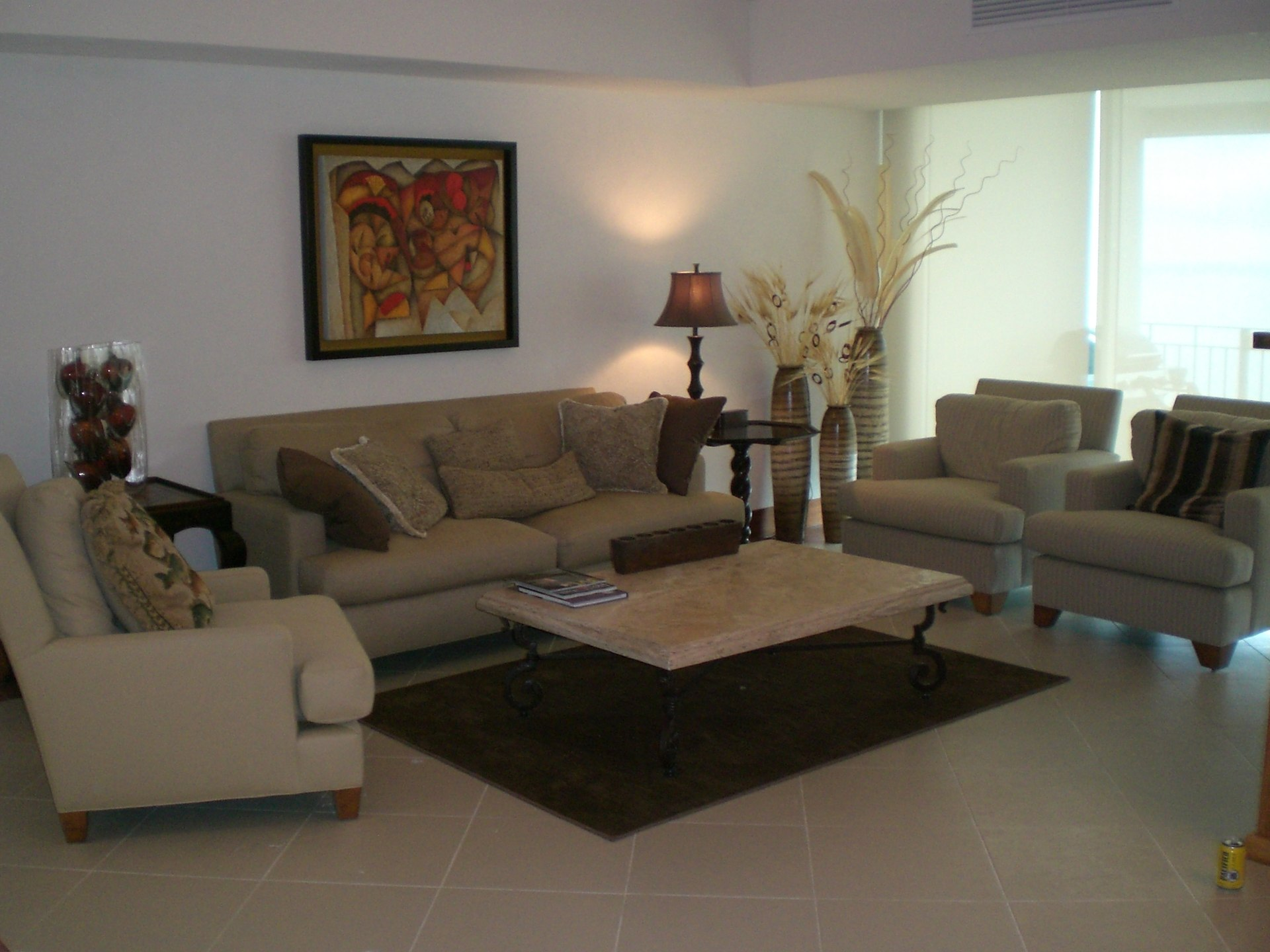 Living room and couches of 3 bedroom vacation condo for rent in Grand Venetian Puerto Vallarta